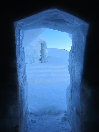 Ice Hotel Romania: entrance to church