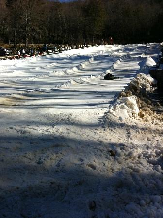 Jonas Ridge Snow Tubing: Feb 2011