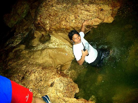 Balay Sa Agta : getting wet!