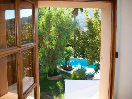 Ca'n Quatre: view of the pool