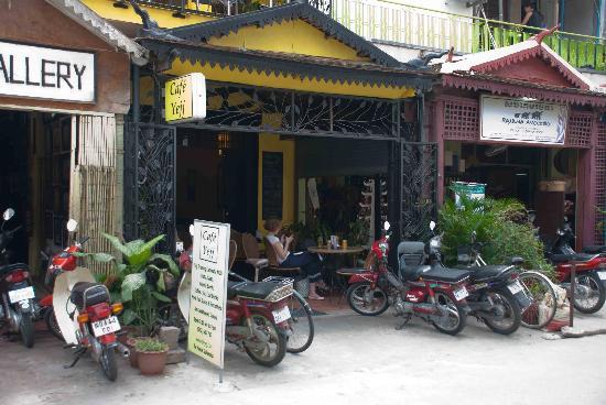 Cafe Yejj: A nice little cafe in Phnom Penh