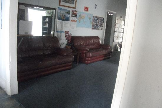 Cairns Girls Hostel: chill out area