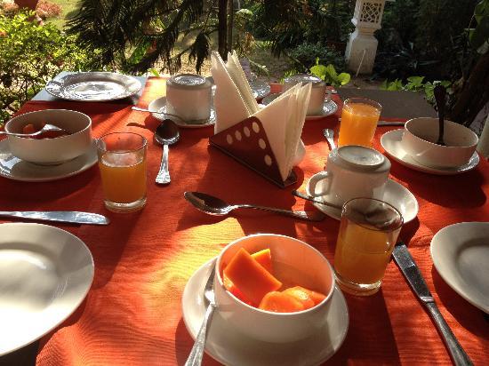 Sugan Niwas Palace: Morning break fast