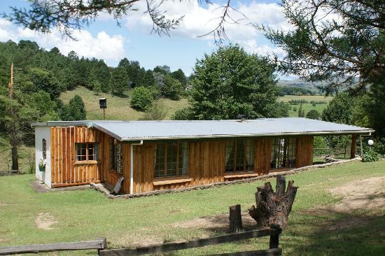 Eagles Rock Mountain Retreat: Sparrow Hawk Summer