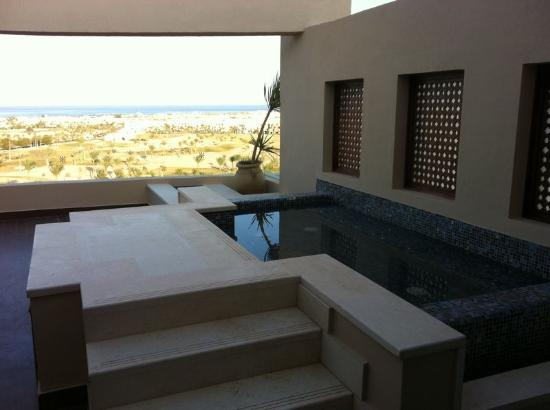 Steigenberger Makadi : Outside Hot Tub of the honeymooners' suite