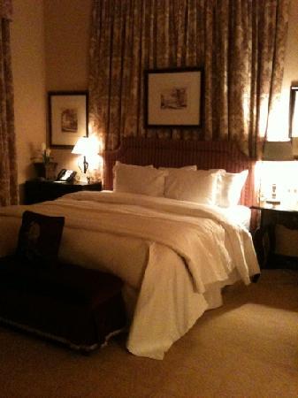 . 1 bedroom of a 2 bedroom suite   Picture of Hotel Granduca Houston