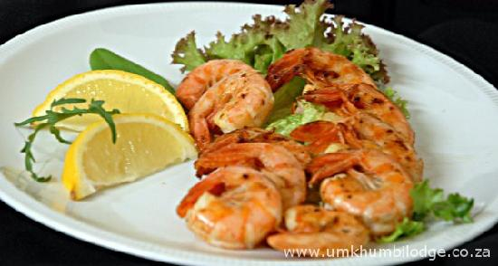 Umkhumbi Lodge: Prawns with a fresh lemon dressing