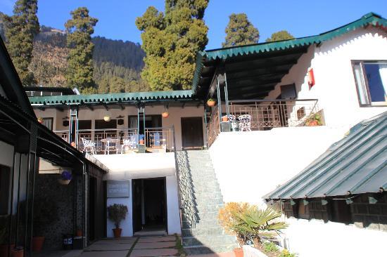 Shervani Hilltop: Hotel premises