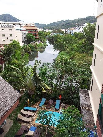 Club One Seven Phuket: River looks nice but stinks, pool very small and water unsuitable for swimming.