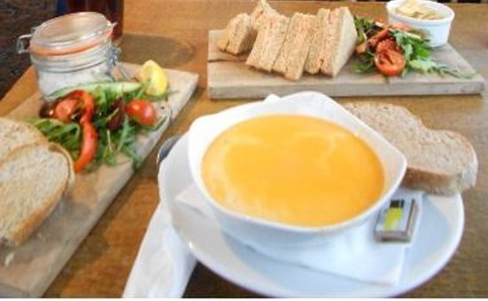 The Jolly Fisherman Pub: kipper pate,crab soup and crab sandwich
