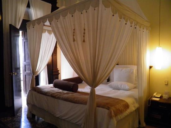 Piedra de Agua Hotel Boutique : Our bed in 305