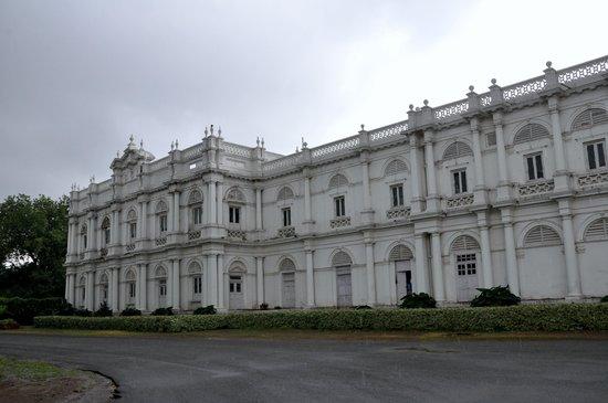Gwalior, Indien: Exterior palacio