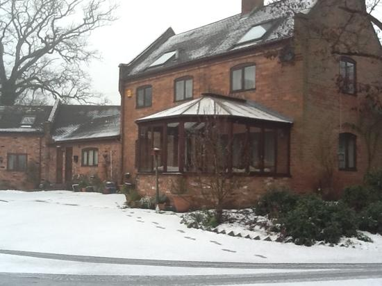 The Manor Coach House: snowy morning