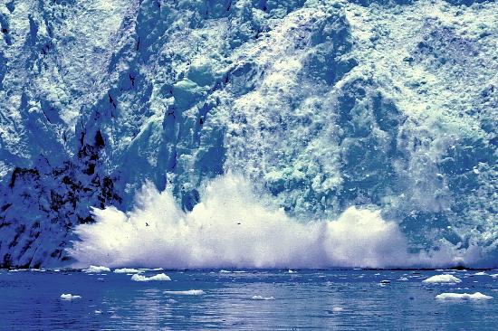 Seward, AK: Aialik Glacier calving