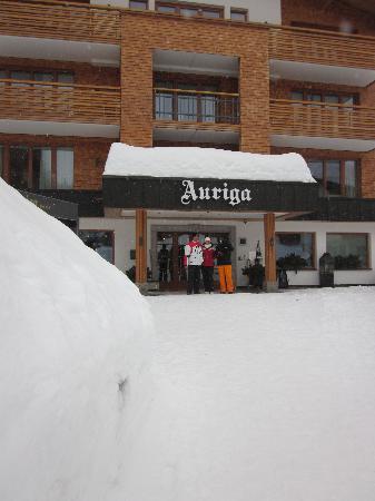 Hotel Auriga: entrada hotel