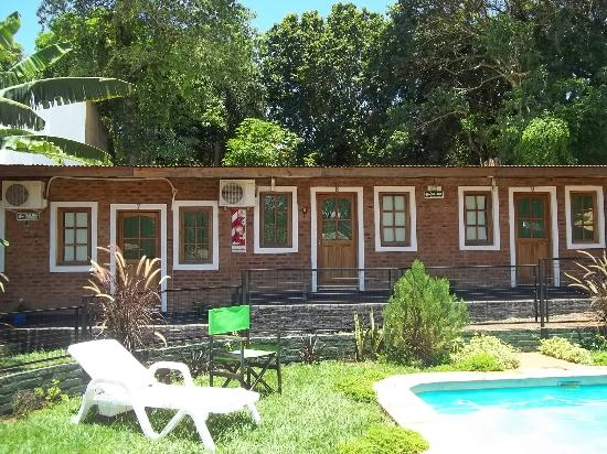 Hotel Iguazu Royal: pileta y habitaciones