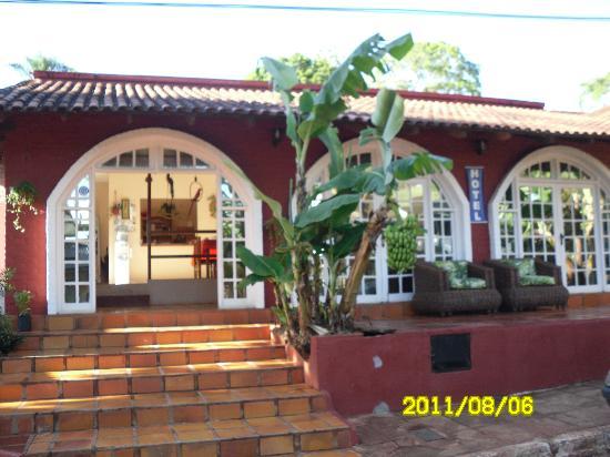 Hotel Iguazu Royal: frente del hotel