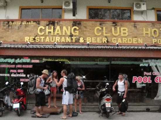 Chang Club Hotel : IF U SEE THIS HOTEL WALK PAST