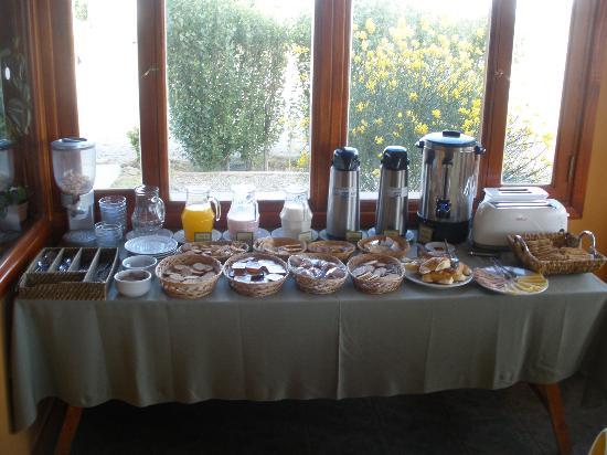 Hosteria Puerto San Julian: Desayuno buffet