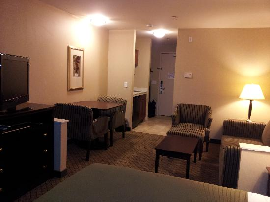 Holiday Inn Express Hotel & Suites Sumner: Room pic 2