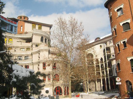 Schtroumph Buildings : Les Schtroumpfs, Quartier des Grottes