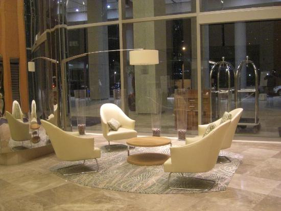 Trump International Hotel & Tower Panama: Lobby