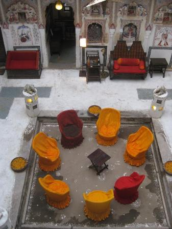 Mandawa Haveli: Central Courtyard