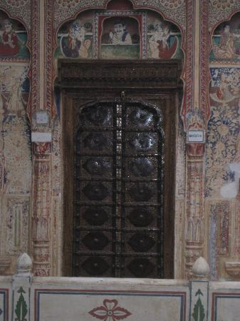 Mandawa Haveli: Typical Room Door