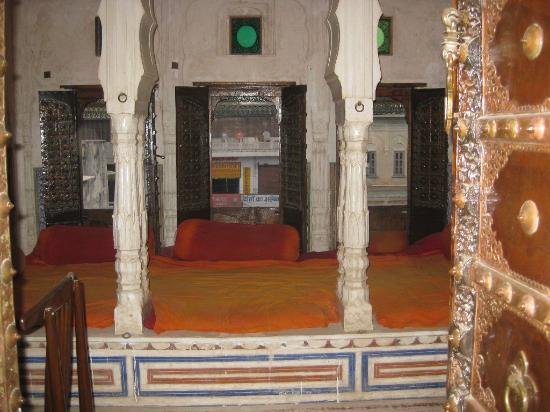 Hotel Mandawa Haveli: Common Library Room