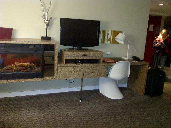 Adara Hotel: Living area