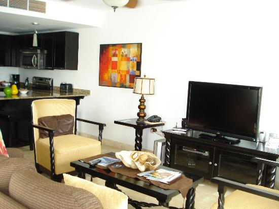 really nice living room - Picture of Las Terrazas Resort ...