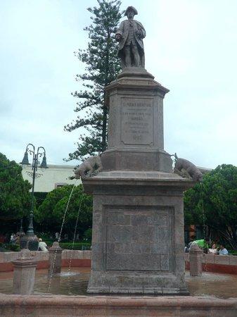 Queretaro City, Mexique : Monumento al Marques Juan Antonio de Urrutia y Arana
