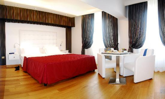 Hotel Royal Caserta : JUNIOR SUITE