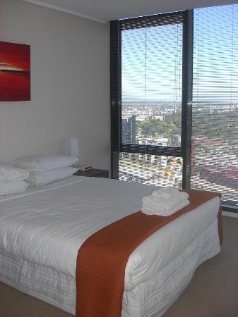 Melbourne Short Stay Apartments Southbank Collection: bedroom 1