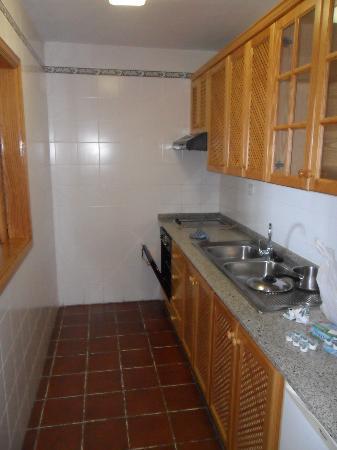 Brenas Garden Aparthotel: kirchen