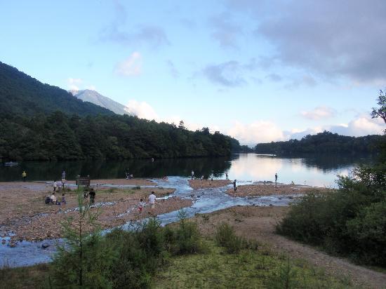 Yunoko Lake : 湯ノ湖です