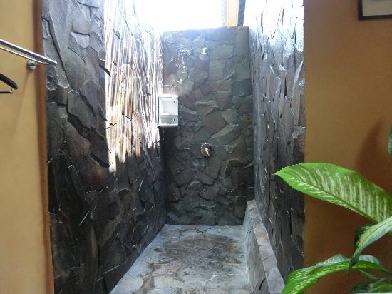 Wayan's Guest House: Die Dusche.