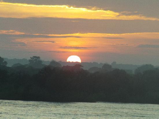 Nina Fishing Camp: Sunrise