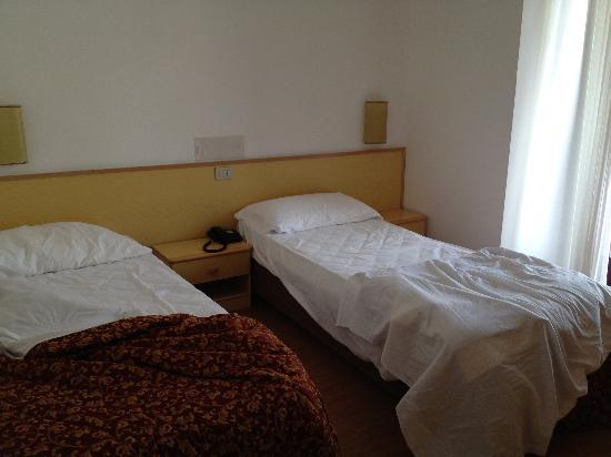 Hotel Canada: Camera doppia a due letti