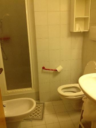 Hotel Canada: Bagno