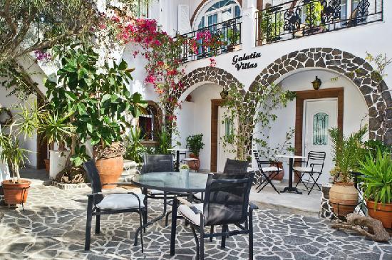 Galatia Villas: exterior