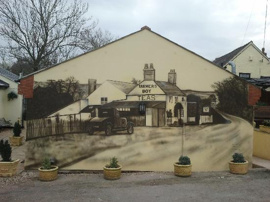 The Farmers Boy Inn: Mural On Wall