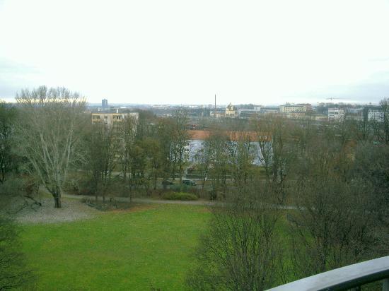 Dorint Hotel An der Kongresshalle Augsburg: Blick vom Balkon
