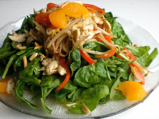 Meridians Eatery: Sesame Chicken Salad