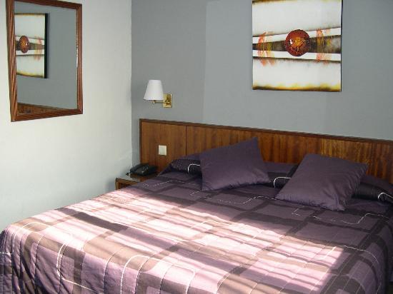 Almanzor hotel desde ciudad real espa a for Precio habitacion matrimonio completa