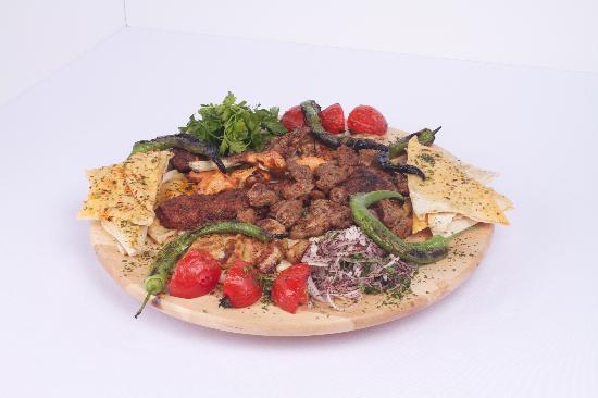 Venn Restaurant: Mixed Grill Plate