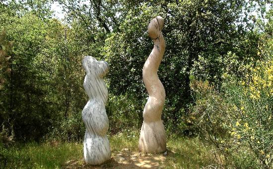 Parco Sculture Del Chianti : ''Twist'' di Neal Barab-USA