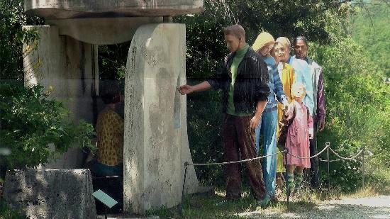 Parco Sculture Del Chianti : ''La Casa nel Bosco''di Kei Nakamura-Giappone