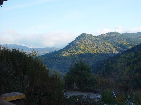 Iliessa: Η θέα από τη βεράντα