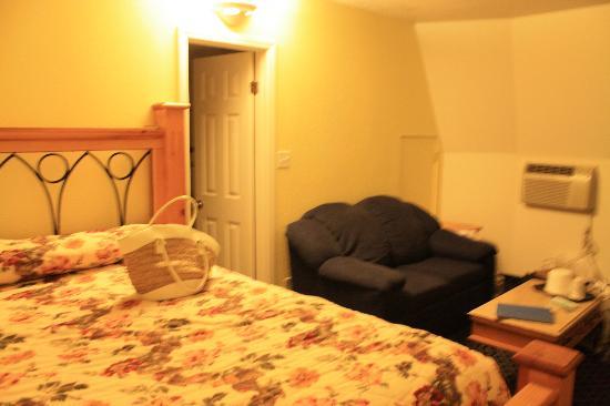 Wigwam Motel: Our room